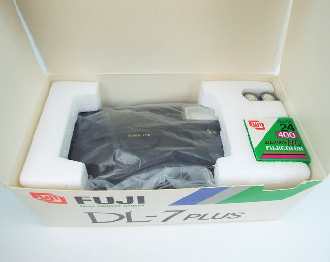 Fuji DL-7 Plus 35mm Compact Film Camera Outfit - New in the Box - Fujinon Lens - Fujicolor Super HG 400 Film Included - Mint New Unused