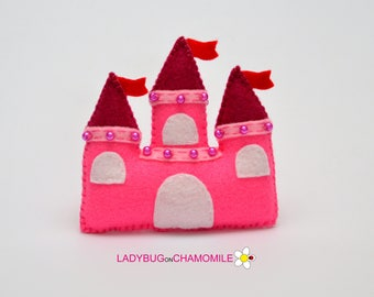 Felt CASTLE, stuffed felt Castle magnet or ornament, Castle toy,King's castle, Nursery decor,Castle magnet,Castle toy, Home decor,Castle
