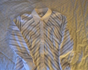 ON SALE    Womens Blouse by Adrianna Papell 100% Silk Size 14