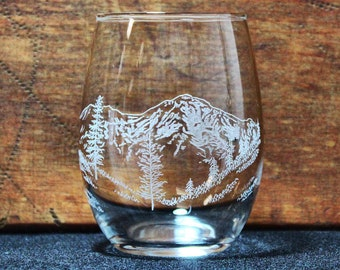 Mt. Shasta Hand-Engraved Stemless Wine Glass - Heart Lake View