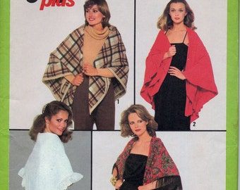 Shawls and Wraps Pattern, Jiffy Plus Simplicity 8302, One Size - Fringe and ruffles, wools, evening wear