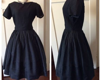 1950s inky black day frock with full skirt– Sz S-M
