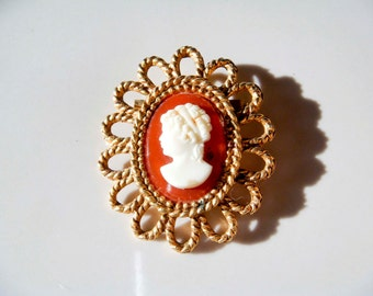 Vintage Gold toned Cameo Orange and White