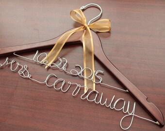 Personalized wedding hanger, custom bridal bride bridesmaid name hanger, personalized wedding dress hanger..SHIP From USA