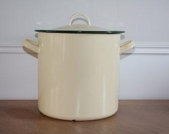 Enamel Stockpot, French Enamelware, Vintage Enamelware, Enamel Pot, Enamel Pan, Enamel Saucepan,Pale Yellow Enamelware,Vintage Kitchen Decor
