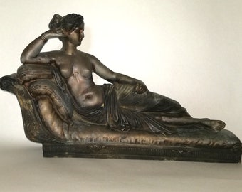Art Deco image of a reclining woman
