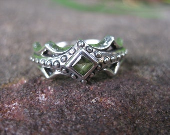 sterling silver MEDIEVAL princess ring peridot GOT
