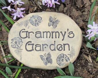 Grammy gift. Grammy's Garden sign, Grammy stone, Grammy handmade plaque for flowers, vegetables, herbs. Great Mother's Day gift for Grammy