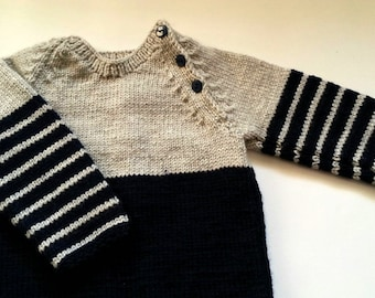 Knit baby sweater - 6 to 12 months - Knit jumper - Baby boys clothing - Dark Blue Button sweater