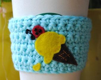 Cup cozy gelato, Ladybug on an icecream cone, coffee sleeve ladybug, gifts for her, gift, coffee lover, cosy