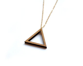 Triangle pendant, Wood graphic collar, made in France Paris, design geometric, modern minimalist, wooden necklace, brass chain, woman jewel