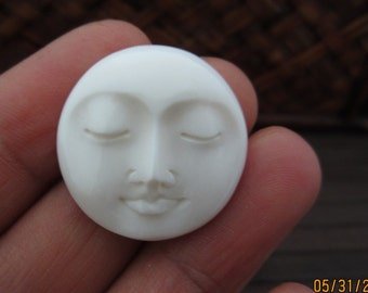 25 mm Gorgeous Hand Carved Moon Face Closed Eyes, DRILLED, Embellishment, Moon face cameo, Bone Carving B4271