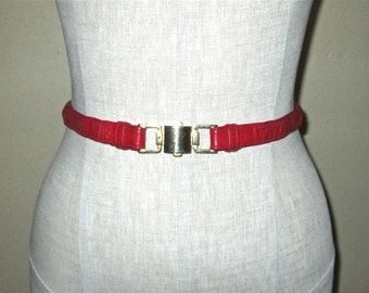 Vintage 80s skinny belt RED LEATHER braided with gold buckle - M
