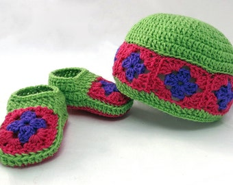 Crochet Pattern-- Granny Square Baby Booties and Beanie Gift Set --Crochet Pattern