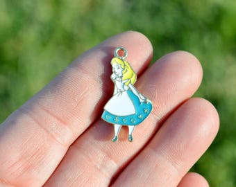 1 Gold Plated with Enamel, Fairy Tale  Alice in Wonderland Charm GC5253