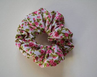 Ditsy Floral Scrunchie