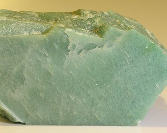 Beautiful Large Faced Green Aventurine Quartz Chunk- C1352