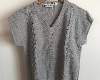 vintage knit gray sweater