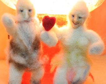 Wedding cake topping, Sasquatch topper, Couple In Love, 2 Abominable Snowmen figurines, felted Yeti totem, Bigfoot with red heart, Romantic