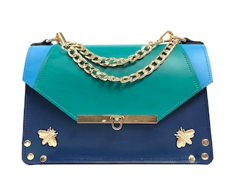 Gavi Shoulder Bag in Triblue