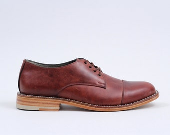 Derby with Captoe (Oxblood)