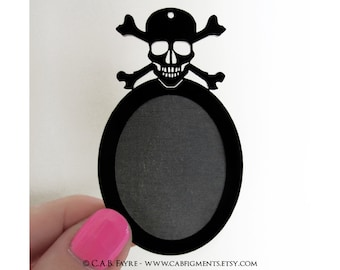 2pcs Skull and Crossbones Setting - for 40x30mm Cameo - Laser Cut - (You select the COLOR and if you want them with Holes or No Holes)