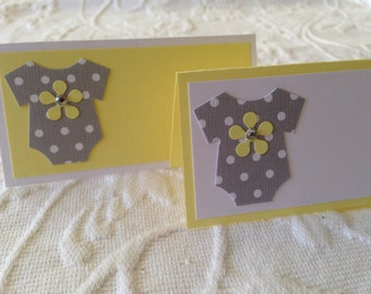 Baby Bodysuit Place Cards - Gray Yellow Place Cards - Name Cards - Buffet Cards - Food Labels - Set of 12