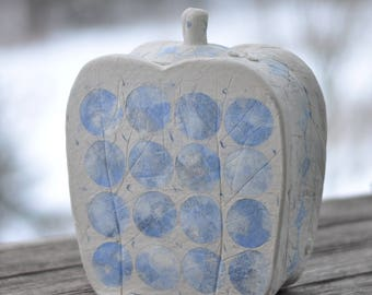 Biodegradable Urn, Blue Circle
