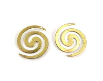 4 pendant spiral snake round disc sequin inca raw brass stamping snake graphic 23mm x 26mm. PP-187