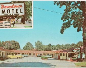 The Downtown Motel  W. Eugene Oregon   Vintage Color Postcard
