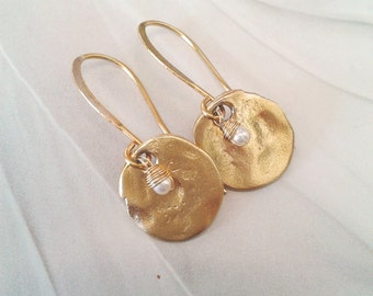 Gold disc earrings, Matte gold earrings, Dangle disc earrings, Simple gold dangle earrings, Textured gold disc earrings, Every day earrings