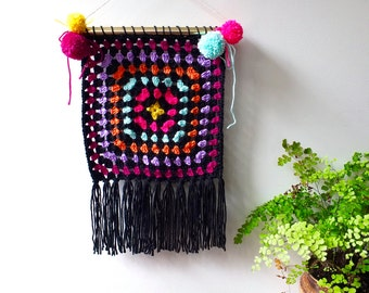 Crochet wall hanging/ hippie wall art/ boho wall hanging/ home decor/ living room decor/ wall decor/ boho dorm decor/wall tapestry art