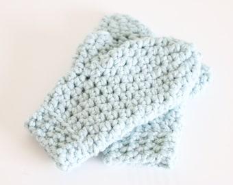 Chunky Mittens Crochet Winter Gloves   THE APPLETONS in Glacier