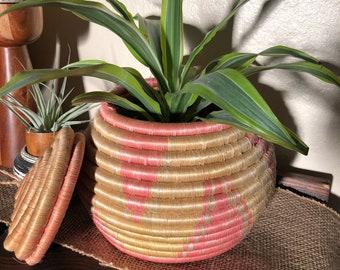 Vintage coil basket bowl with lid
