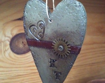 Steampunk souvenir. Industrial wedding.steampunk favor.Steampunk heart
