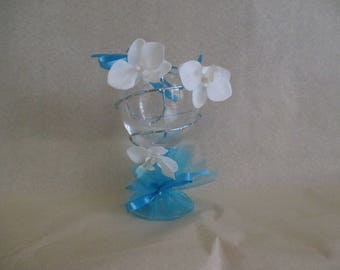 Table decoration for wedding, white and turquoise
