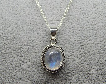 Rainbow Moonstone Necklace, Sterling Silver Necklace, Gemstone Necklace, Rainbow Moonstone Oval Pendant