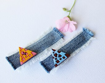 Calypso Triangles Geometric Hair Accessories. Pair of mismatched hair clips - cute geometry pattern orange and blue hair accessory.