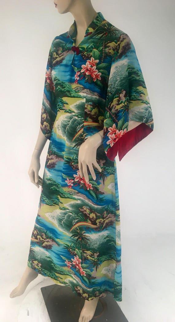 Vintage 1950s Rayon Pake Muu by Hale of Hawaii Large