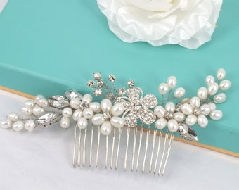 Sophie-Freshwater Pearl and Rhinestone  Bridal Comb