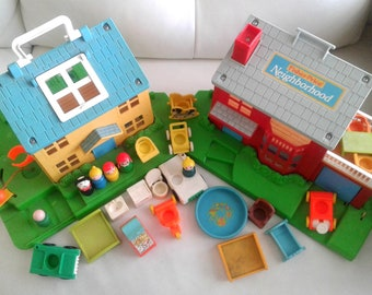 Vintage Fisher Price Little People Play Family Neighborhood 2551 House Set Lot with pool and many extra