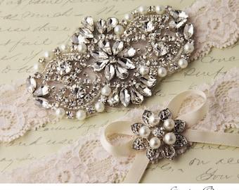 Wedding garter set, Ivory stretch lace Bridal Garter set, Wedding Garter with Rhinestones and Crystal garter set