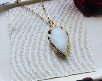 Arrowhead Necklace, Stone Arrowhead, White Agate Arrowhead Necklace, Layering Necklace, Boho Jewelry, Boho Necklace, White Stone Necklace