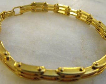 Vintage Napier Gold Tone Link Bracelet
