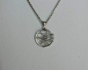 Silver Geometric wire-wrapped necklace // 22 in Silver Chain