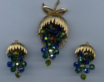 1950's Colorful Crystal Bead Set with Dangle Design