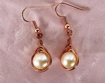 Pearl earrings, wirewrapped earrings, dangling earrings