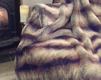 Brown stripes (chinchilla) faux fur throw