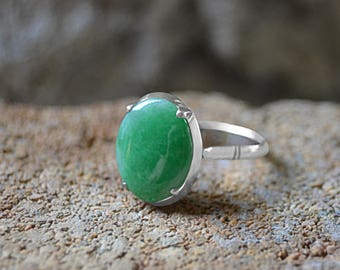 Oval 12.5 X 9.5 mm Apple Green JADE Cabochon RING 14K Wh Gold sz 6 TYLK