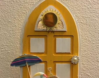 Summer fun fairy door
